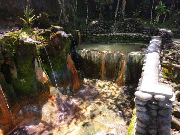 Pemandian Air Panas Belulang Tabanan