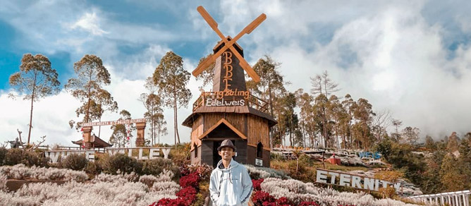 Taman Edelweis Bali Karangasem