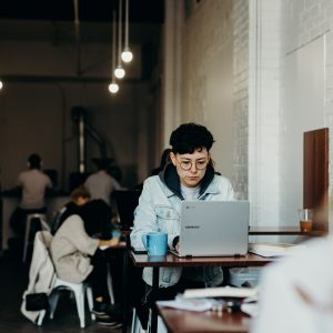 tips memakai wifi di ruang publik